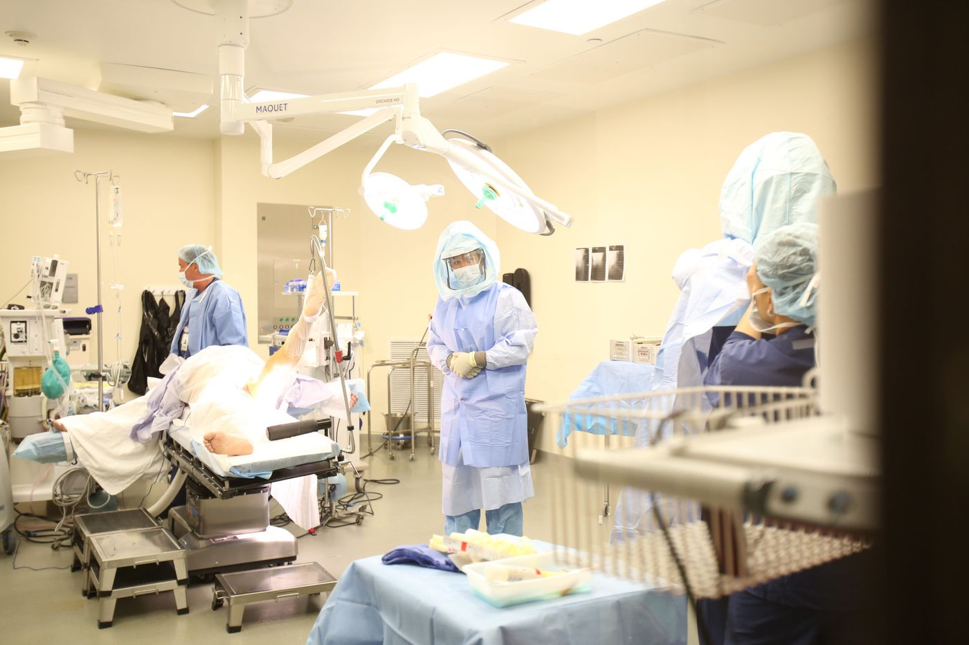 Inside the OR: Hip replacement surgery