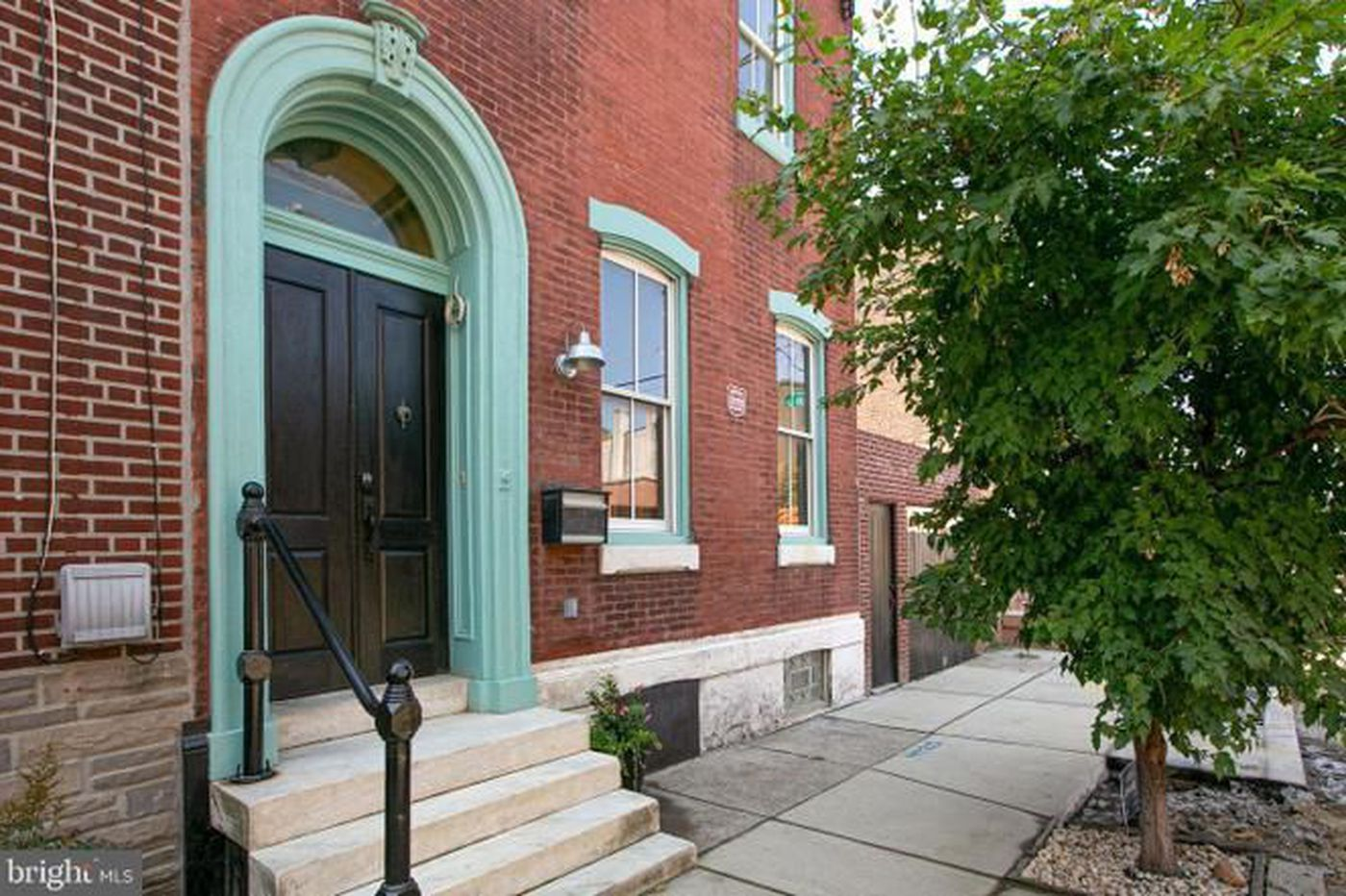 On the market: Three-story Georgian home in East Kensington for $550,000