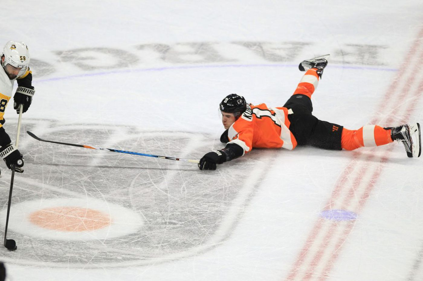 Flyers fail to keep momentum going, fall to Penguins, 5-1