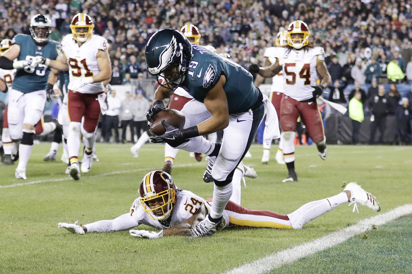 Eagles 28, Redskins 13: Carson Wentz stars as Birds show signs of life in big NFC East win