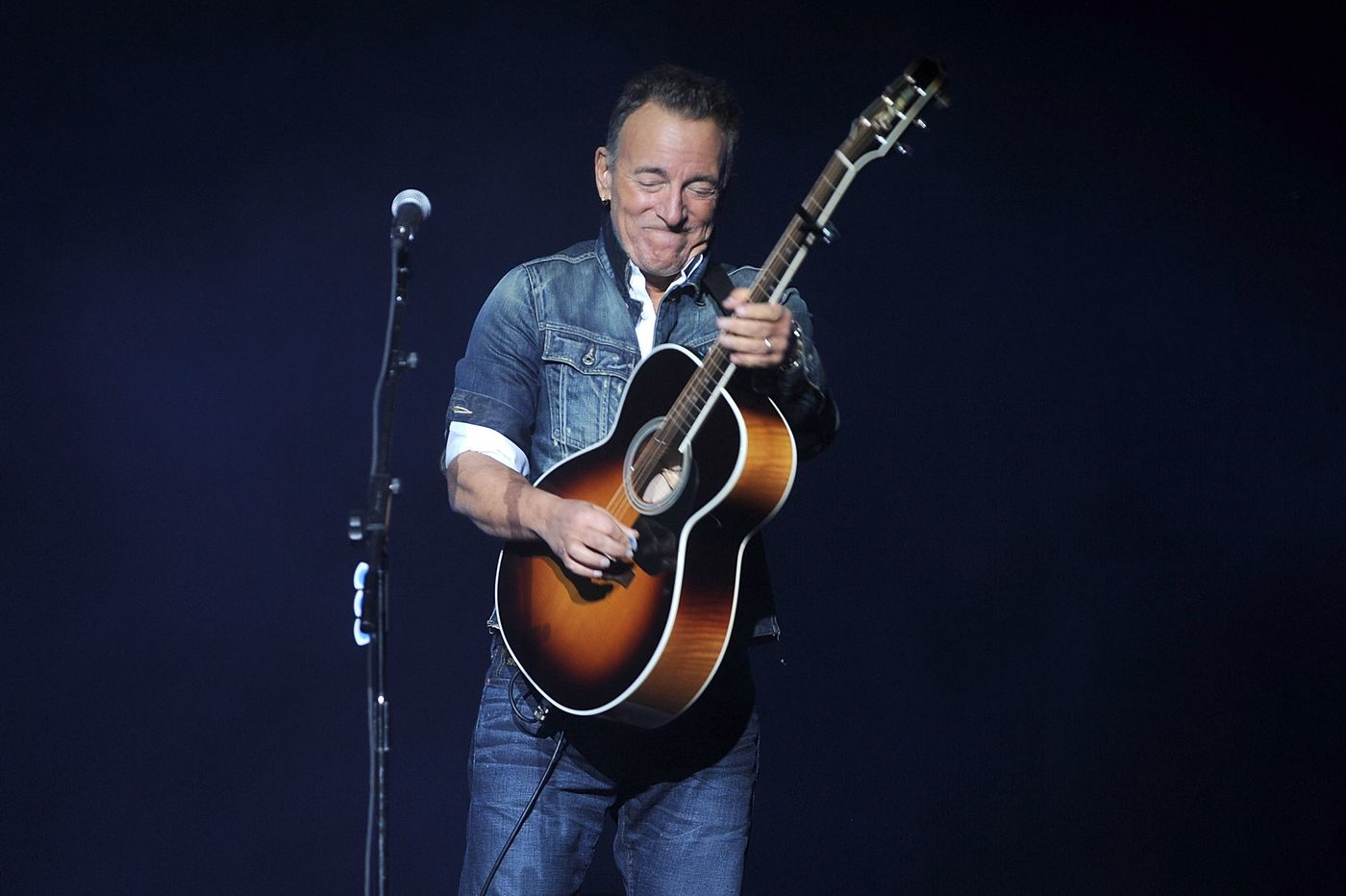 bruce springsteen tells martin scorsese he has another new album in the works and an e street. Black Bedroom Furniture Sets. Home Design Ideas