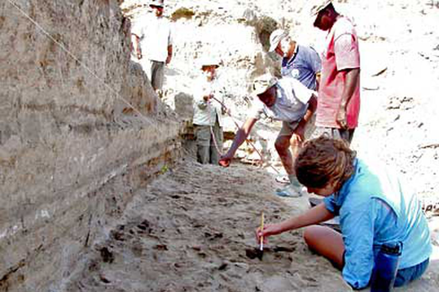Footprints offer clue on path to modern man