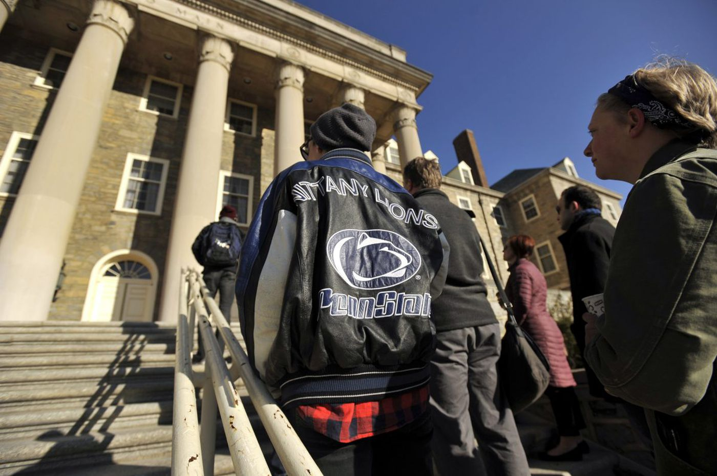Penn State failing to vet all youth-camp counselors, auditor general says