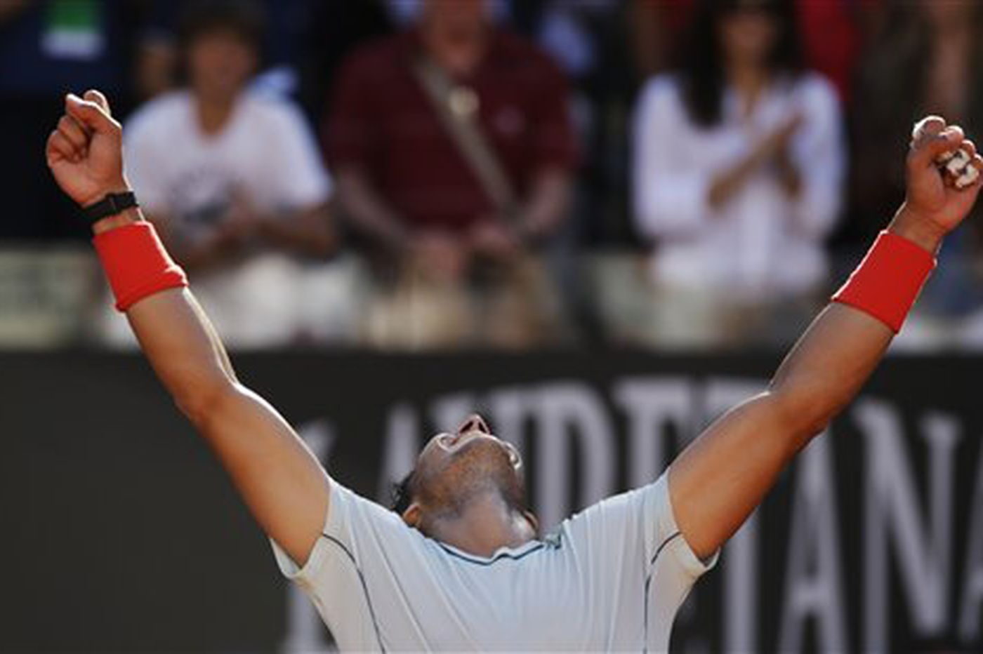 Sports in Brief: Italian Open titles go to Serena, Nadal