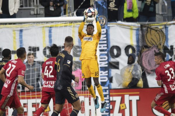 Union's Andre Blake overcomes awful first half vs. Red Bulls, stands tall by end of playoff win