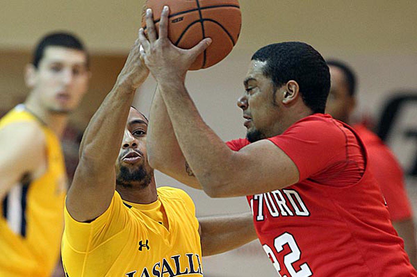 La Salle beats Hartford to end losing streak