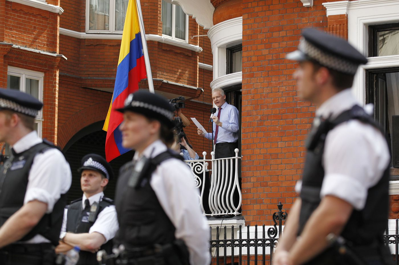 Julian Assange, expelled from his embassy perch, will fight extradition from jail