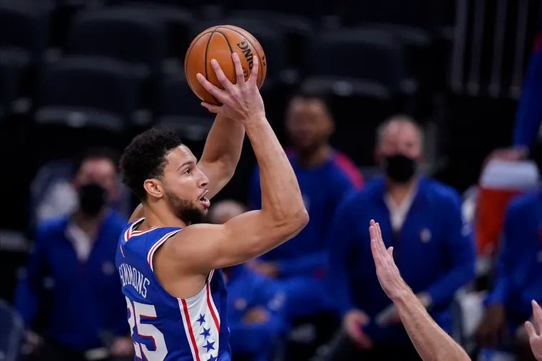 Ben Simmons (25) shooting against the Indiana Pacers on Friday.
