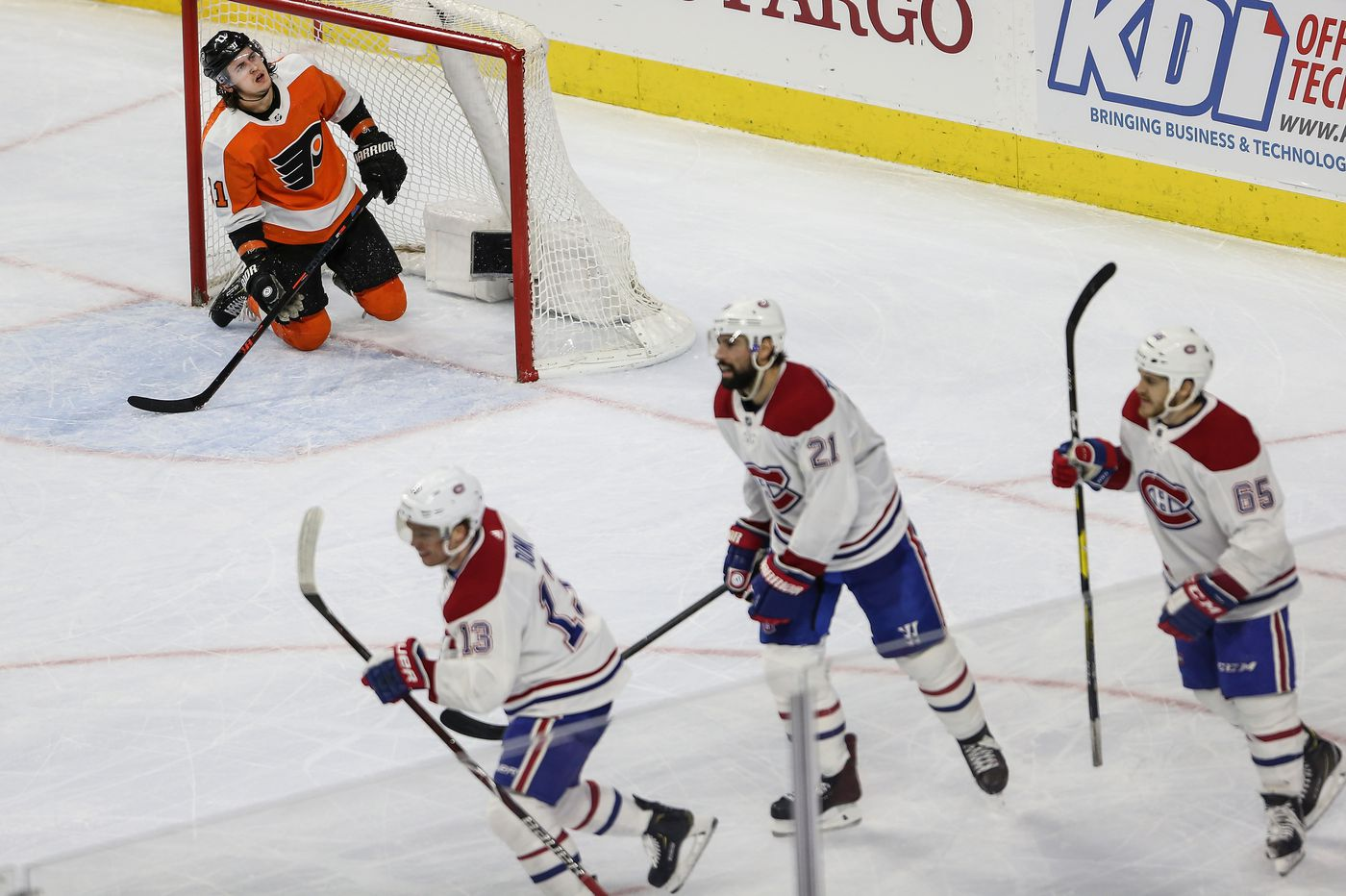 Flyers caught up in shrinking numbers as playoff chances dwindle   Sam Donnellon