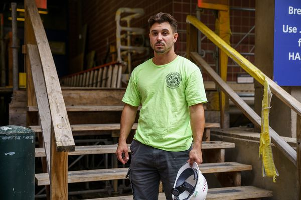 In Philadelphia's building trades, construction workers are helping their colleagues battle addiction