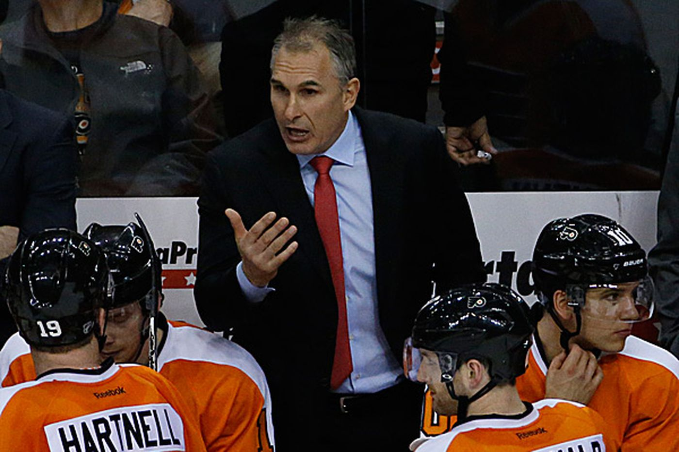 Inside the Flyers: Hextall right to keep Berube