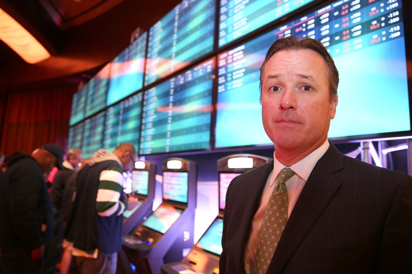 Parx looking to save sports bettors time with kiosks, mobile odds program | Betting notebook