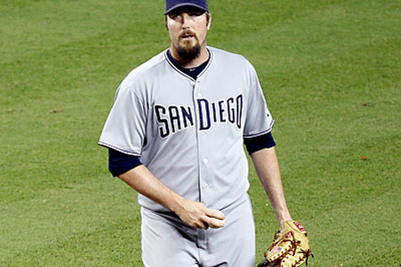 Phillies add Chad Qualls to the bullpen