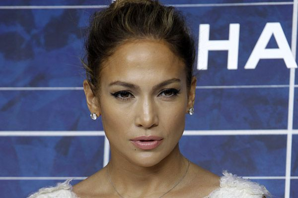 Jennifer Lopez video shoot interrupted by shooting