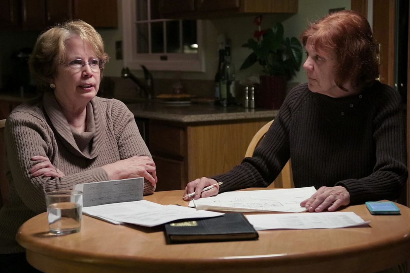 In 'The Keepers,' amateur sleuths are true crime's newest heroines
