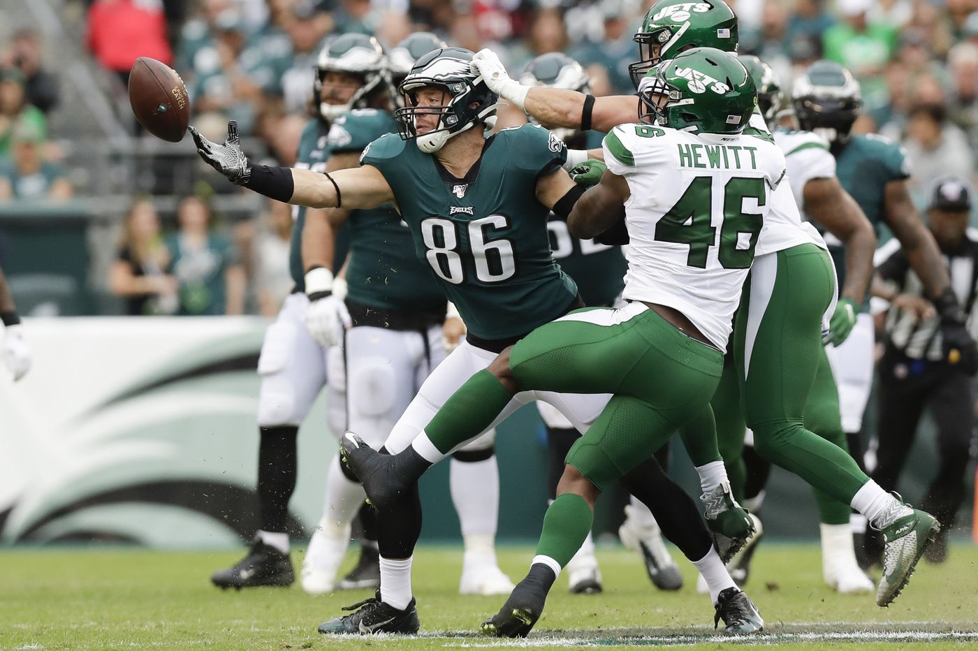 Eagles both dominant and disorganized vs. Jets in Week 5 win that said little about them   Mike Sielski