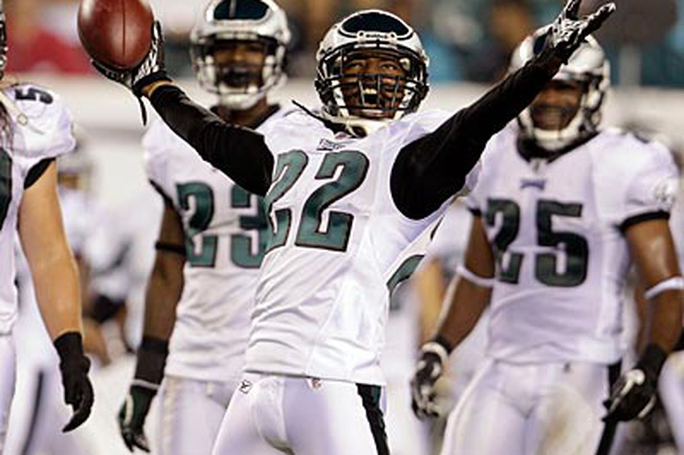 Atlanta Falcons in talks for Eagles cornerback Asante Samuel
