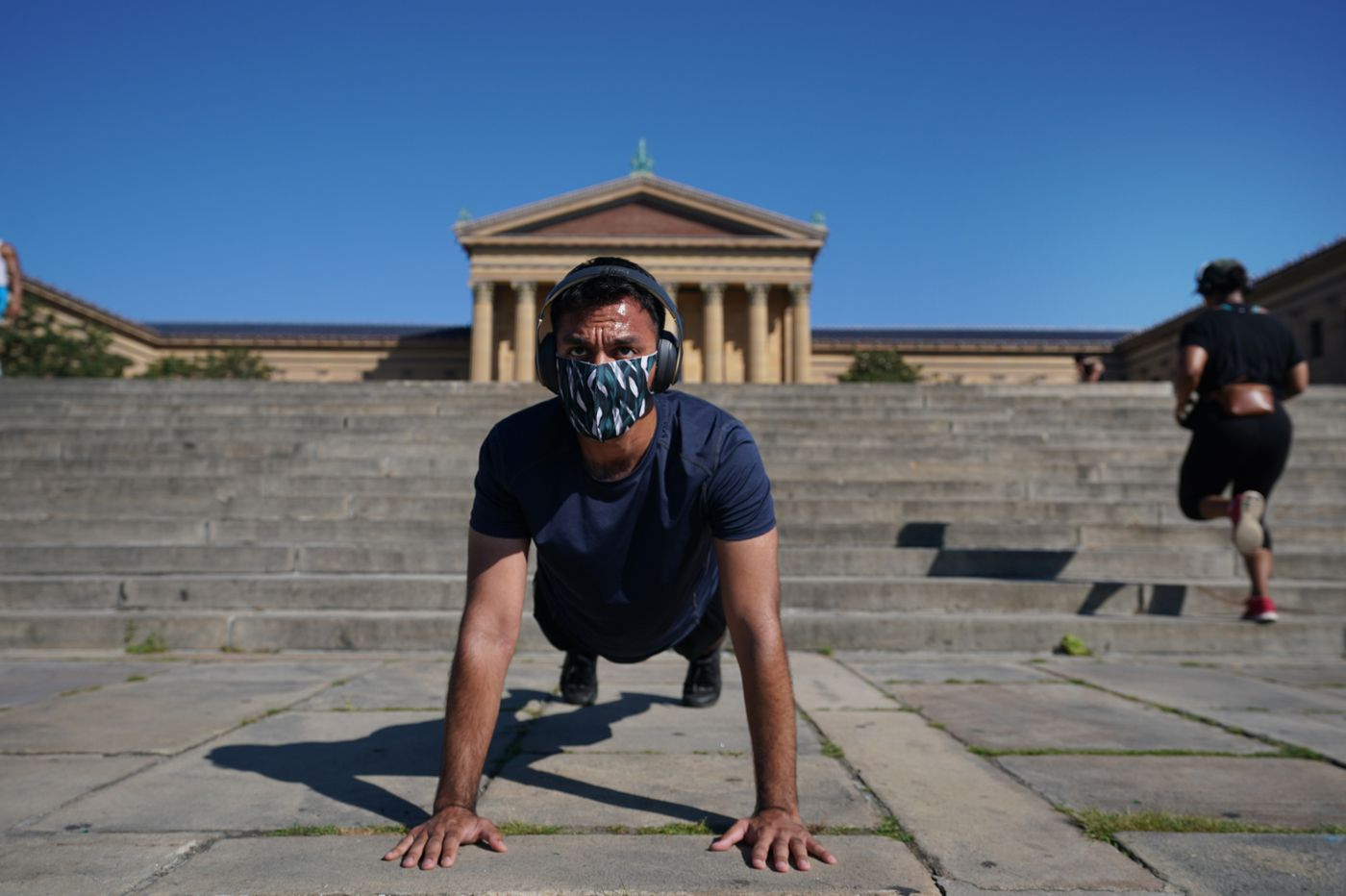 How to work out in the heat during the pandemic