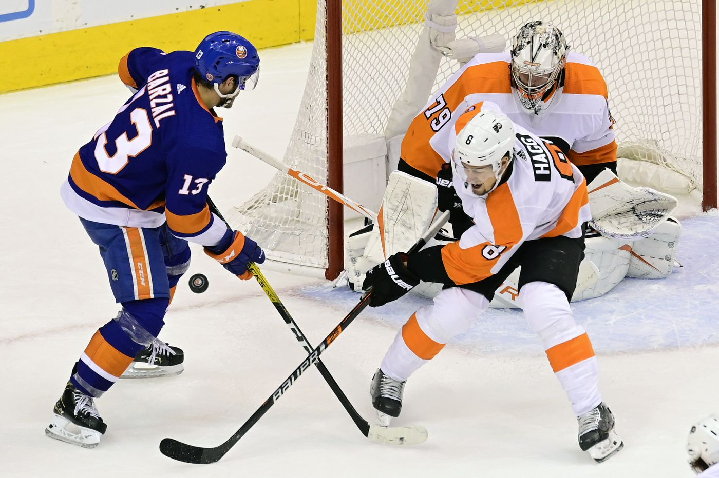 Observations from the Flyers' 3-1 loss to the Islanders in Game 3