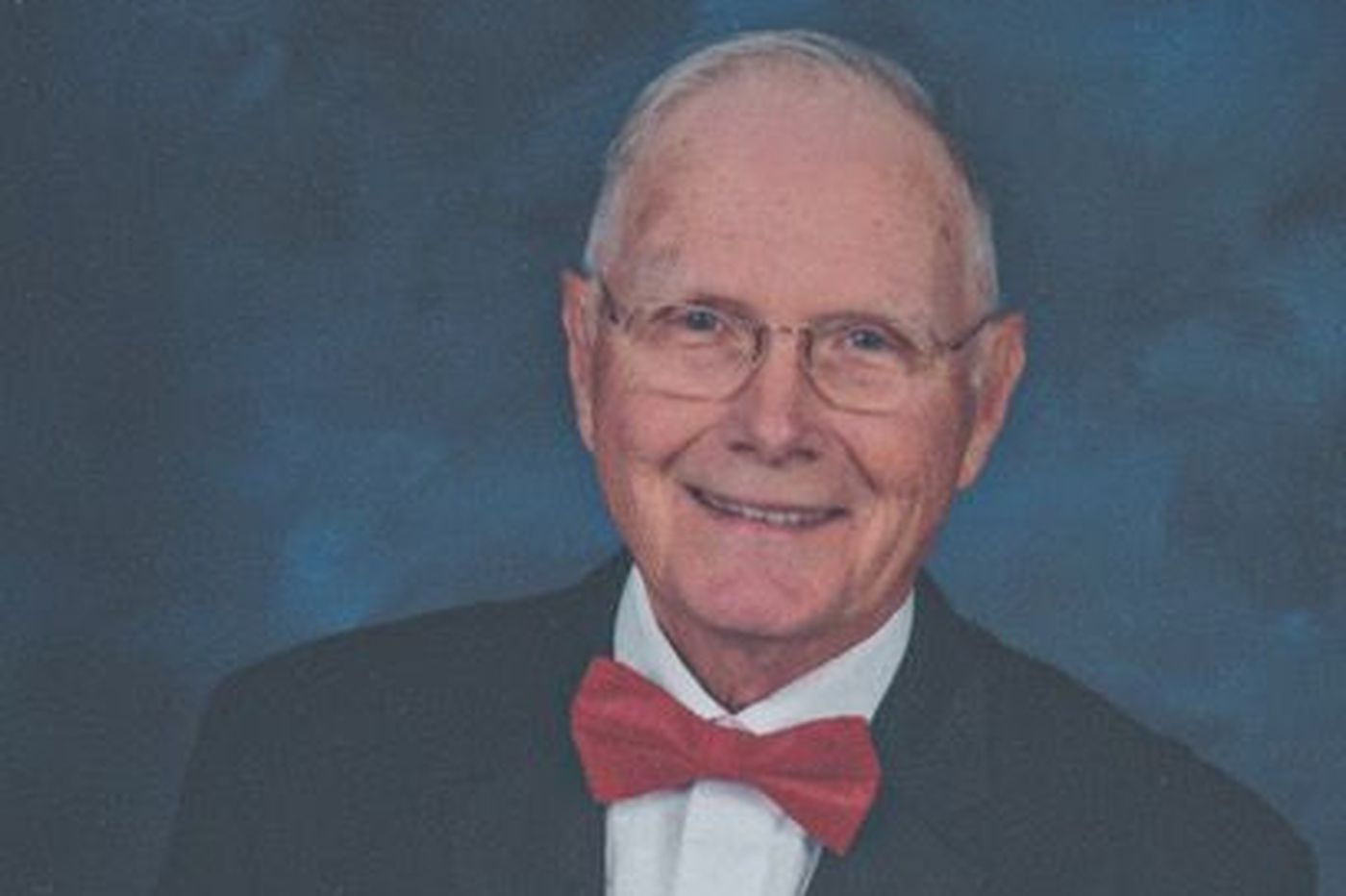 Edward Asplundh, local businessman, Air Force veteran, and health-care reformer, dies at 88