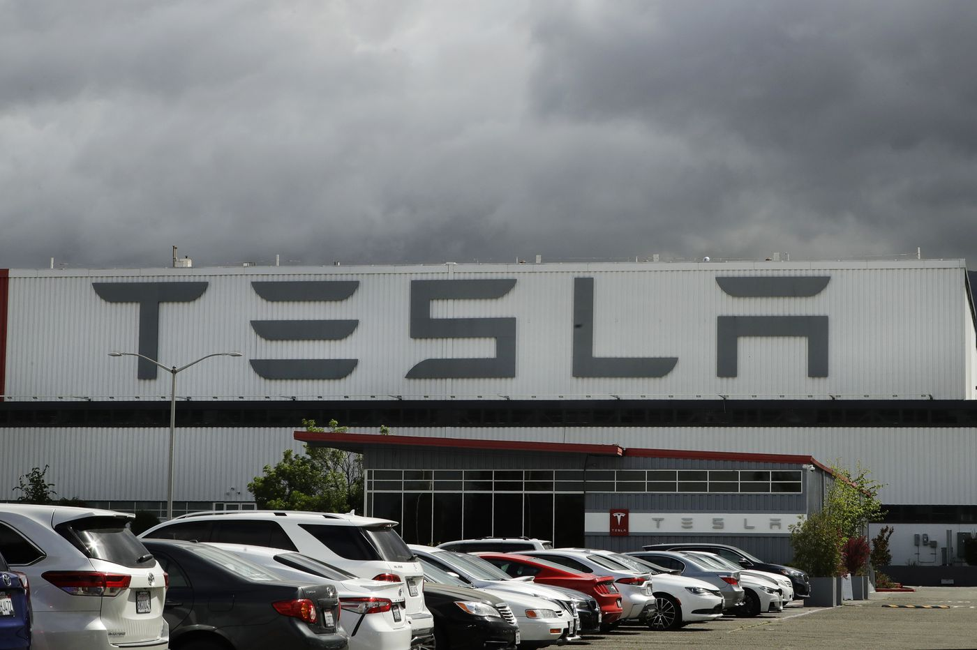 Tesla can reopen California plant with new measures, county says