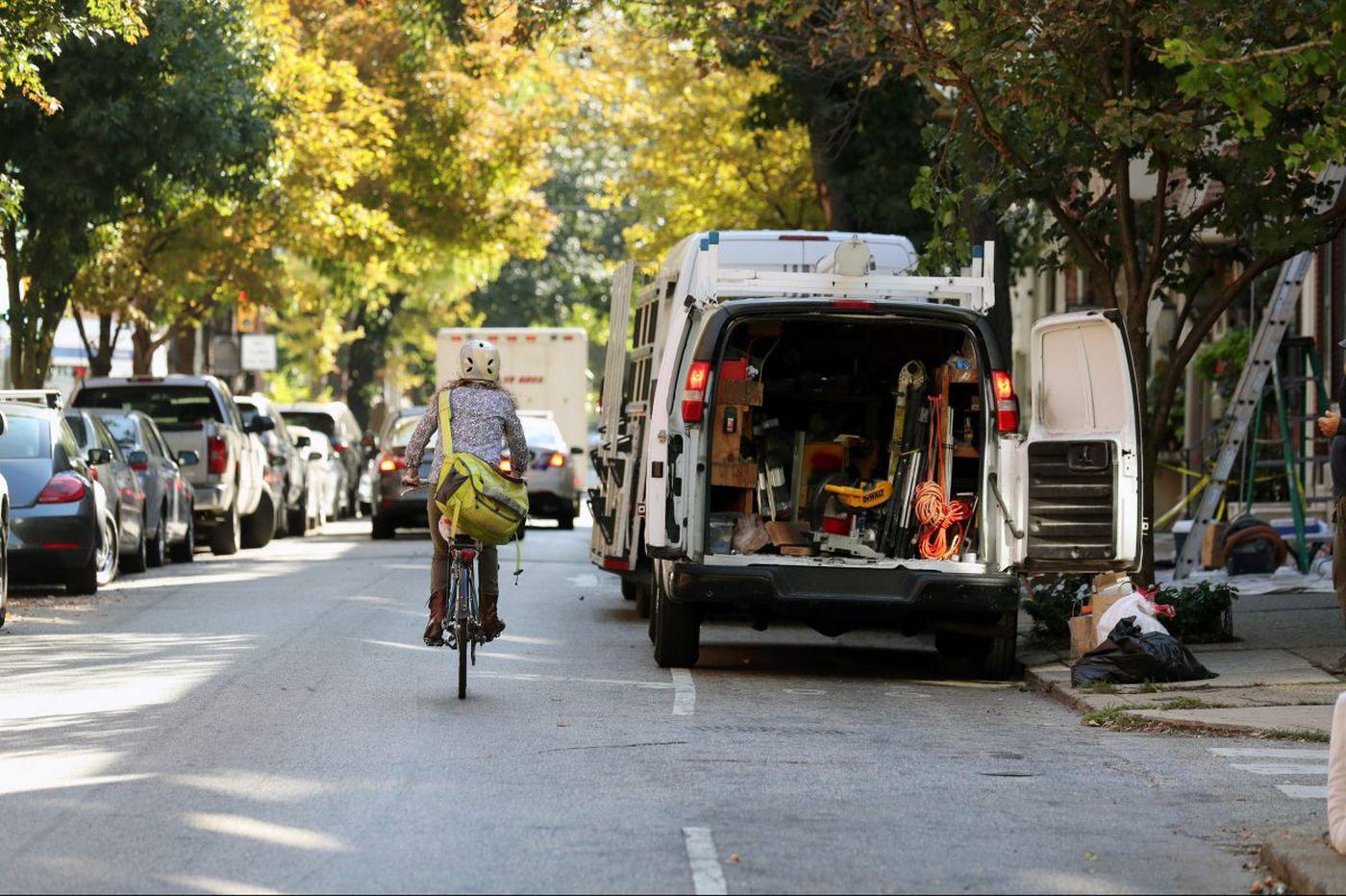 Seven ways that bike lanes benefit motorists and pedestrians