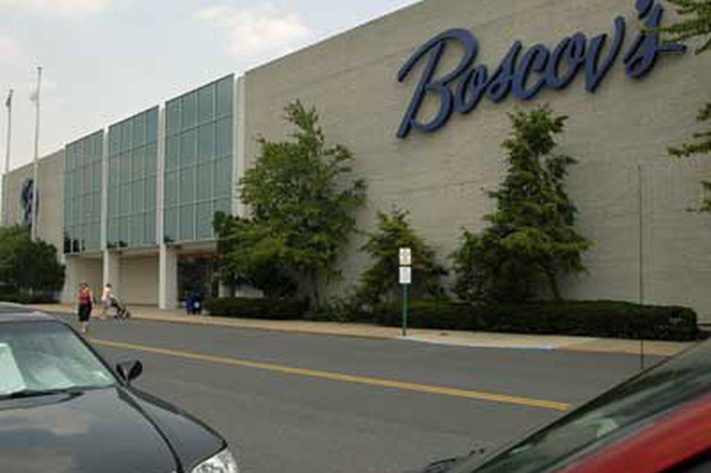Boscov's sails into retail turbulence