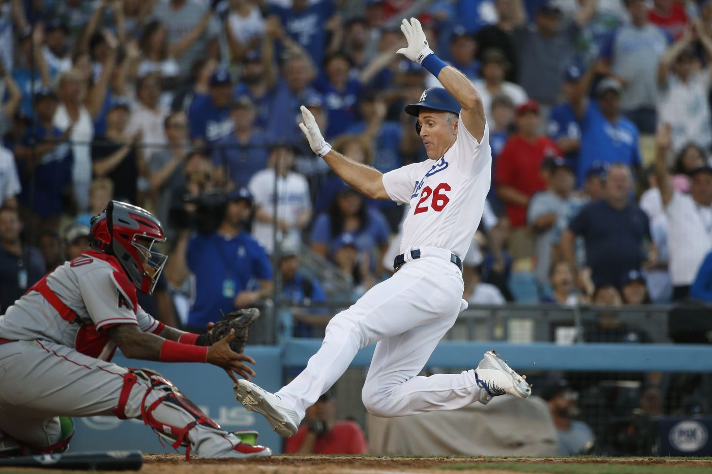 As Chase Utley makes his final regular-season visit to Philly, he remains a leader for Dodgers