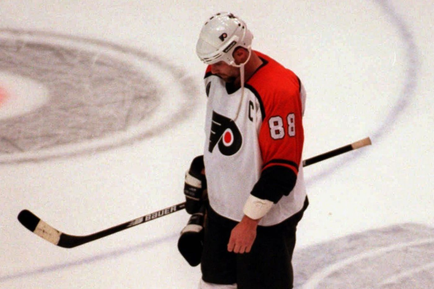 The bitter rift between the Flyers and Eric Lindros grew out of one ugly night