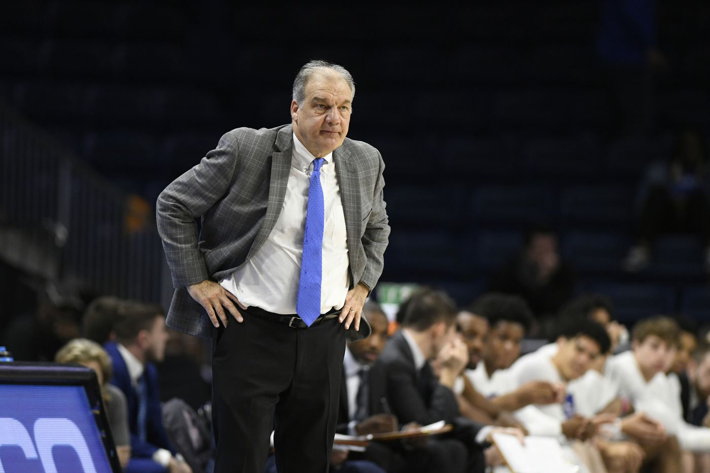 Former La Salle assistant Joe Mihalich helping his Hofstra players cope with NCAA Tournament cancellation