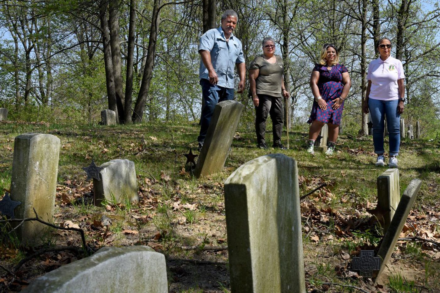 South Jersey cemetery for black Civil War veterans has fallen into disrepair; historic site is on endangered list