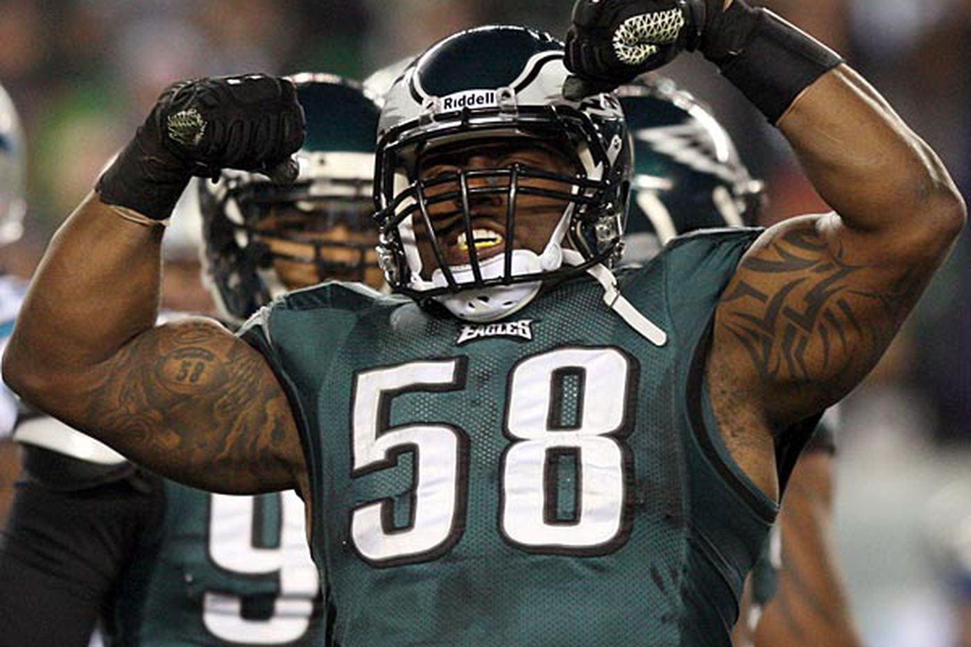 Eagles' Trent Cole emphasizes positive after Washburn firing