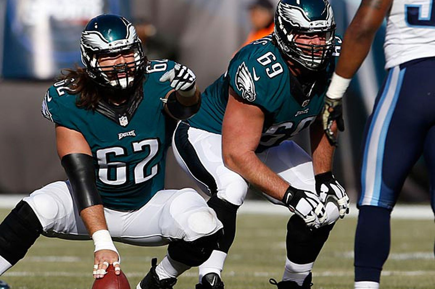 Eagles' offensive line losing ground