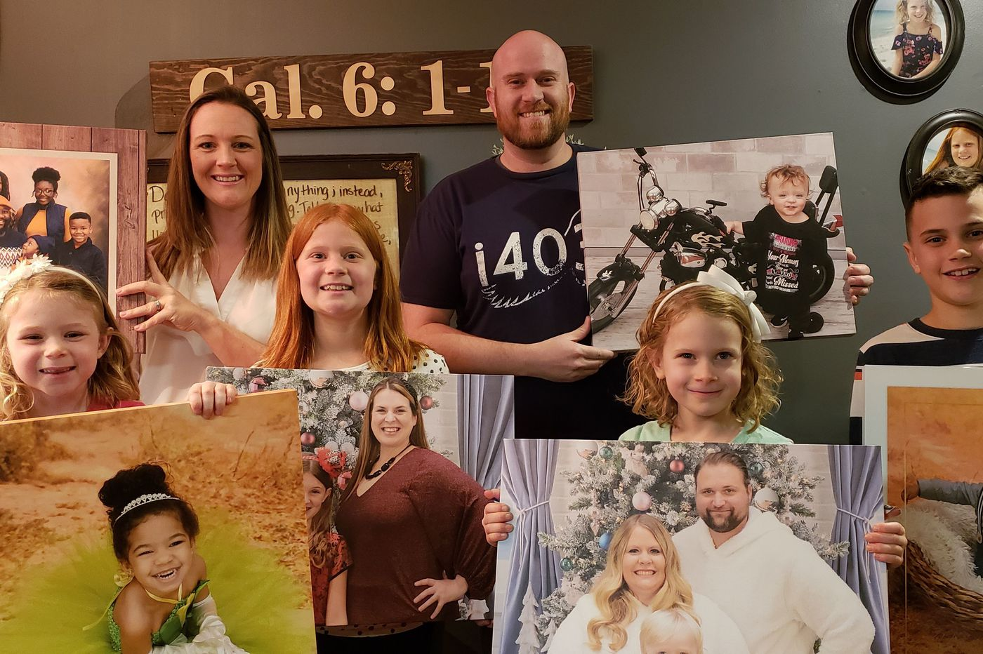 He reunited people with their family portraits after a national photo studio went bankrupt