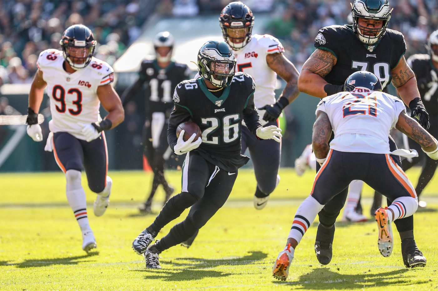 Grading the Eagles: Jordan Howard, Miles Sanders get high marks in win over Chicago Bears | Paul Domowitch