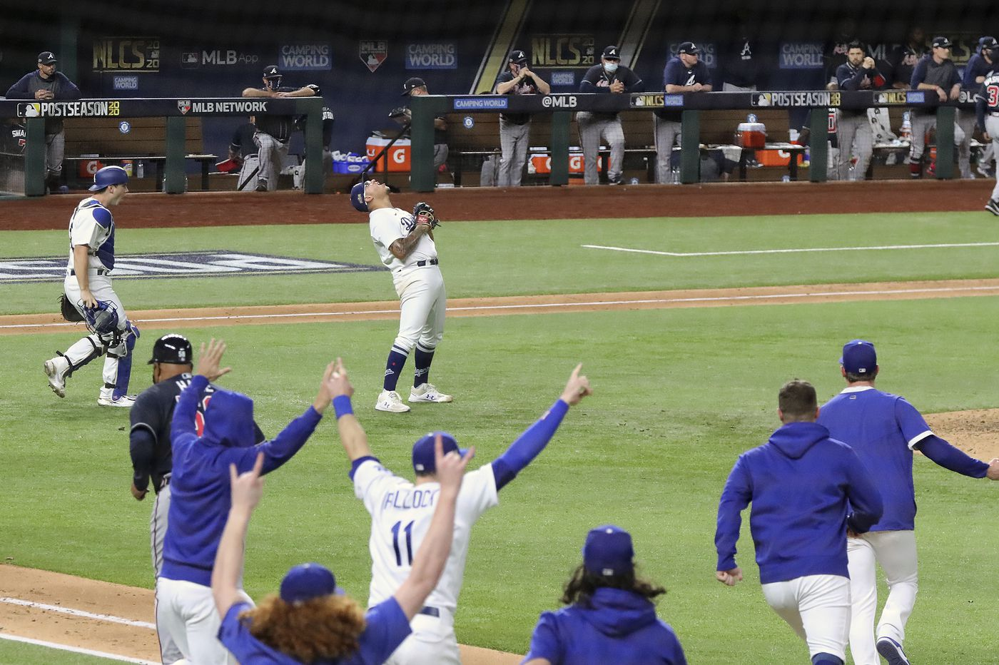 Dodgers advance to World Series, Chris Johnson says Titans have best RBs in NFL history, more sports news
