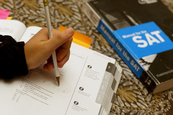 College SAT results to include another score: Hardship in students' lives