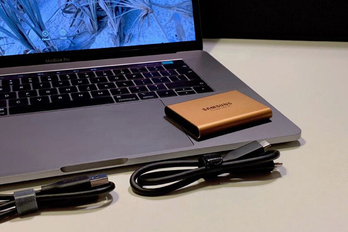 Travel Gear: Samsung Portable Solid State Drive
