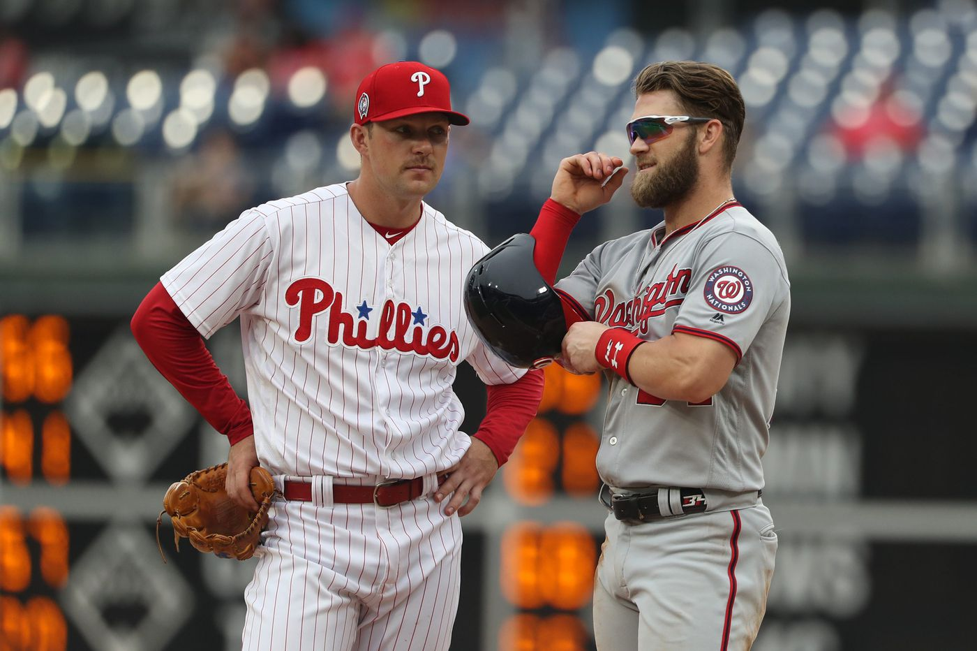 Rhys Hoskins and Jake Arrieta ready to help Phillies go star hunting during free agency