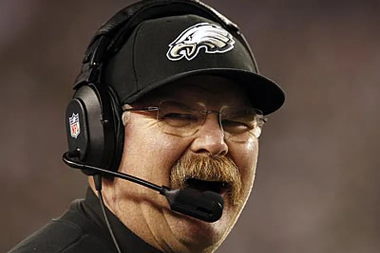 Eagles' head coach Andy Reid reacts to the fans booing when they ran the ball to set up a field goal during the 4th quarter. Philadelphia Eagles lose 38-23 to the Dallas Cowboys at Lincoln Financial Field in Philadelphia on November 11, 2012. (David Maialetti/Staff Photographer)