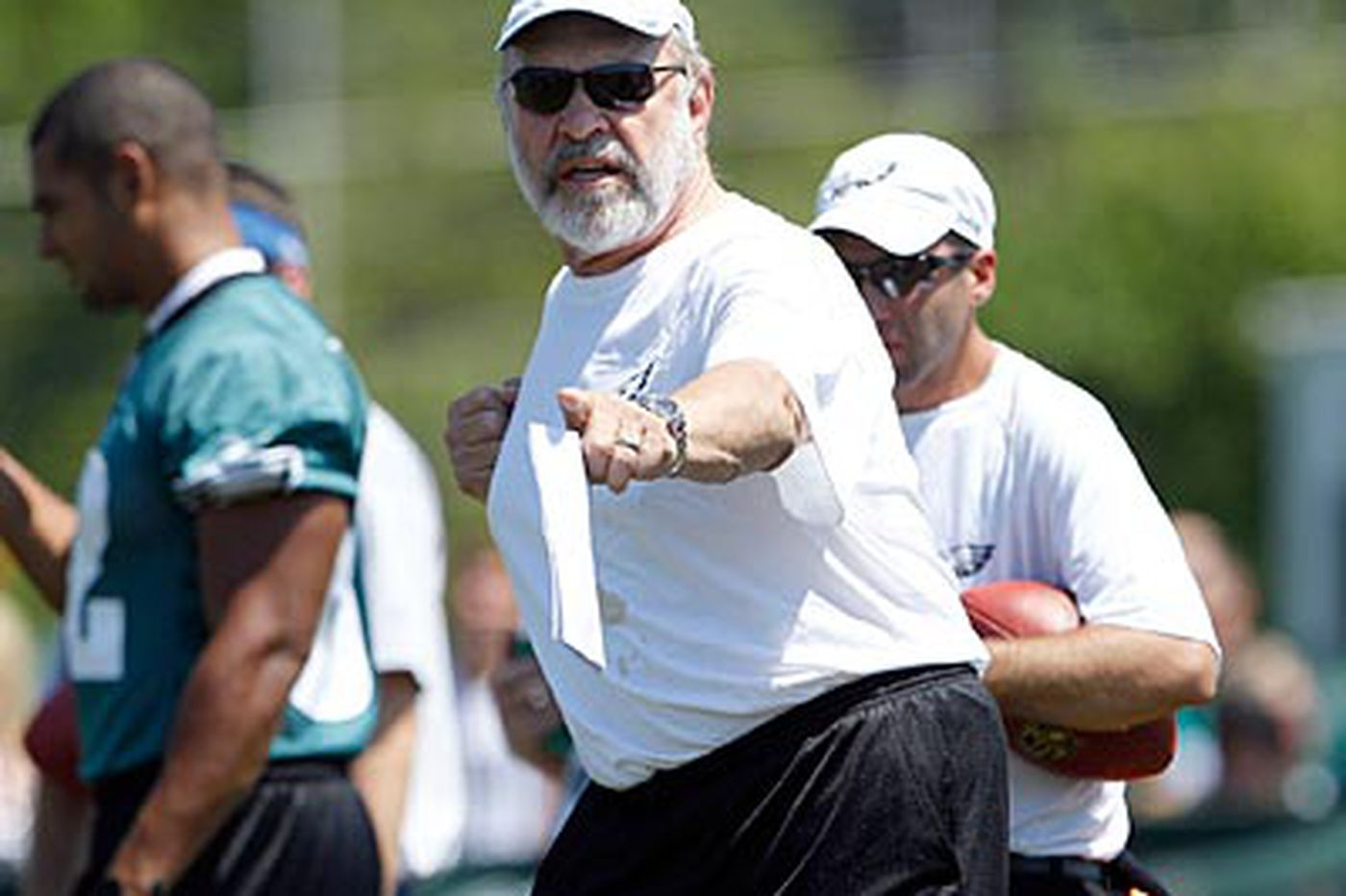 Will Eagles' Howard Mudd return next season?