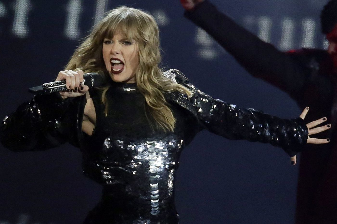 Summer concerts: U2, Lauryn Hill, Taylor Swift and more come to Philly