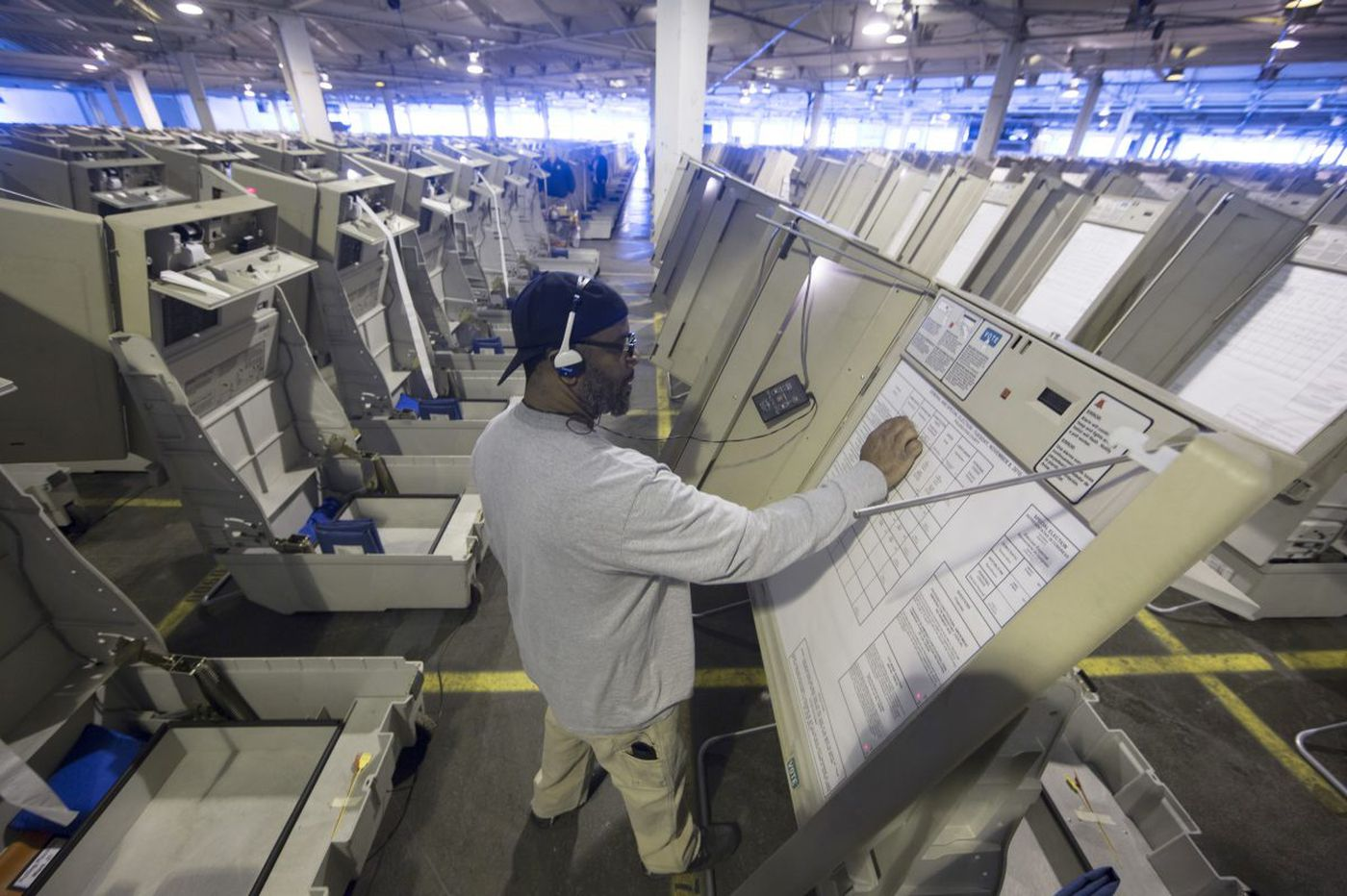 Most Pa. voting machines are old, hackable, and will likely be used to count the 2020 votes