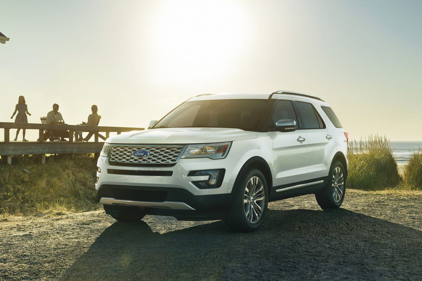 2017 Ford Explorer Platinum is powerful, pricey SUV