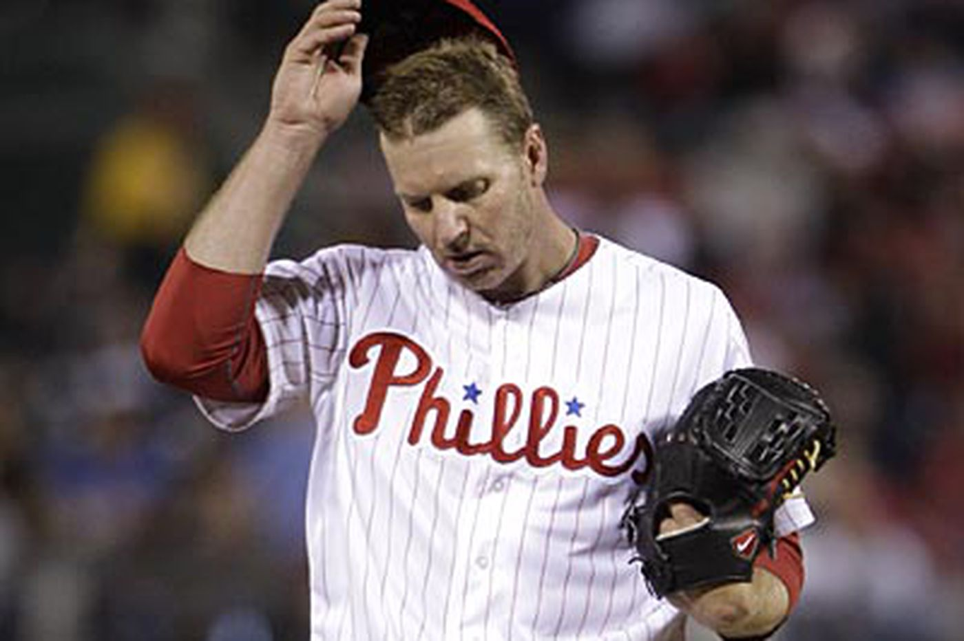 Rest is best for Halladay, doctor says