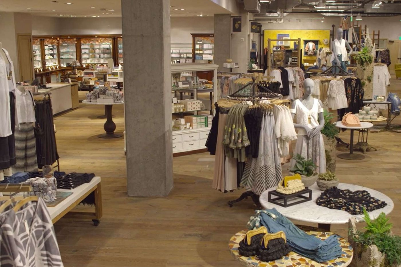 Urban Outfitters' Anthropologie opens home goods, furniture outlet near Pittsburgh
