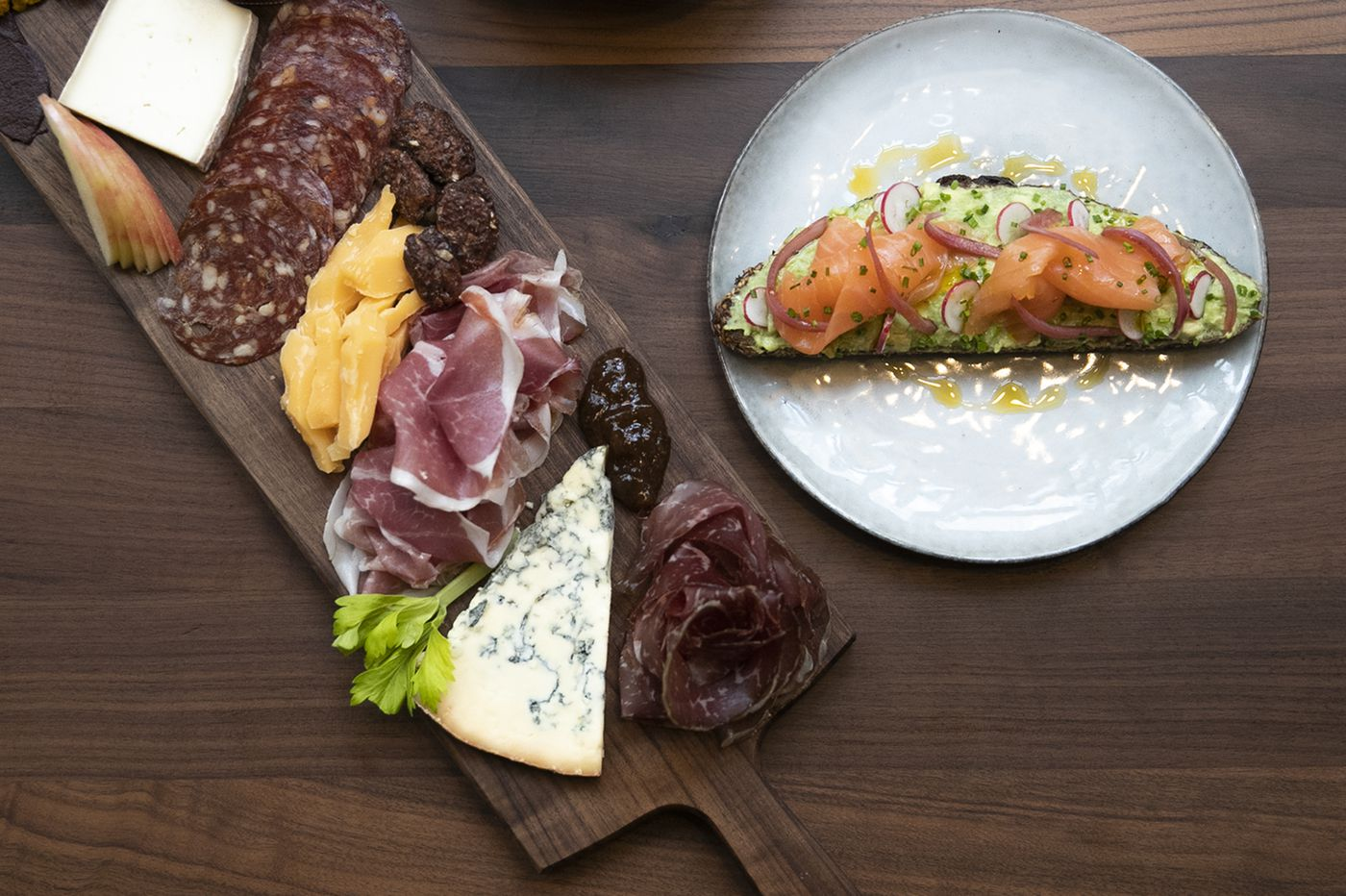 Alimentari review: Above Di Bruno's, Rittenhouse has a new lunch lounge and happy hour haven