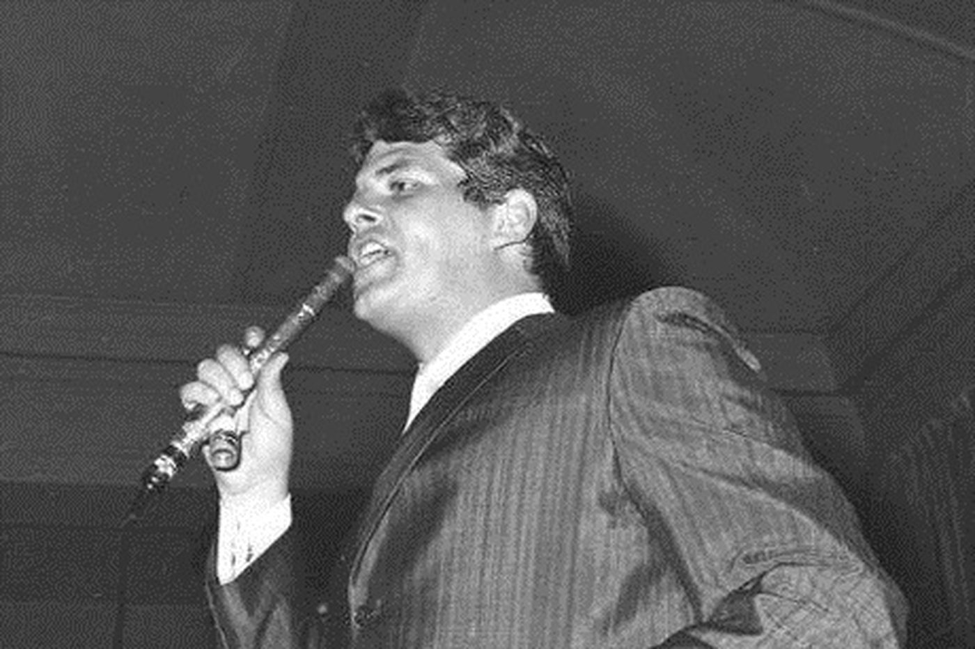 Len Barry, 1960s rock 'n roll recording star and lead voice of the Dovells, dies at 78
