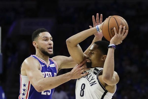 Ben Simmons snaps back at Sixers fans booing: 'If you're going to boo, stay on that side'