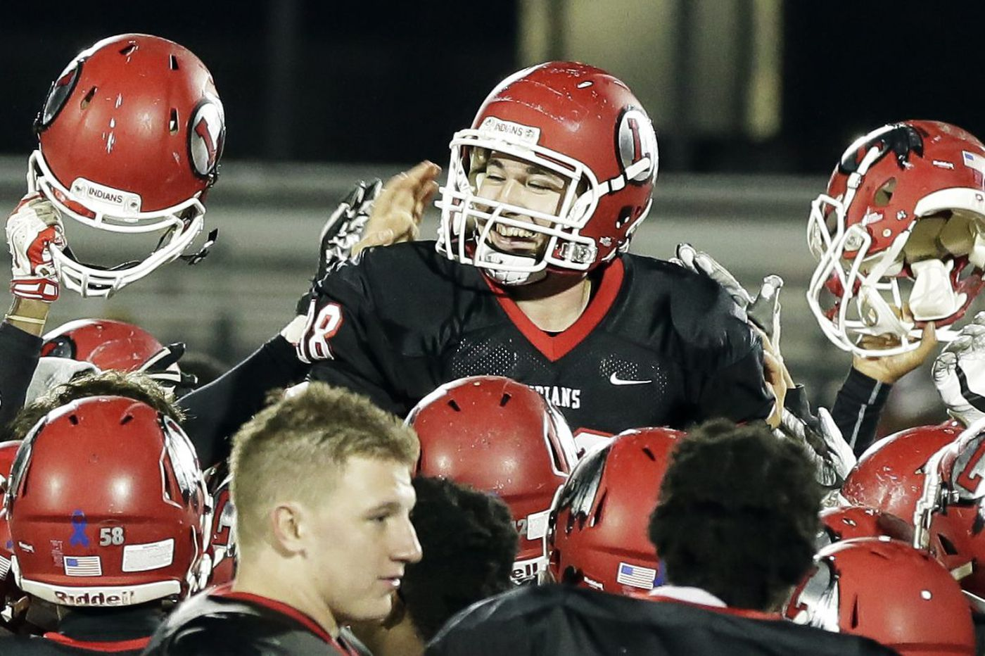 Indians stun Red Devils on late field goal to win Group 5 title